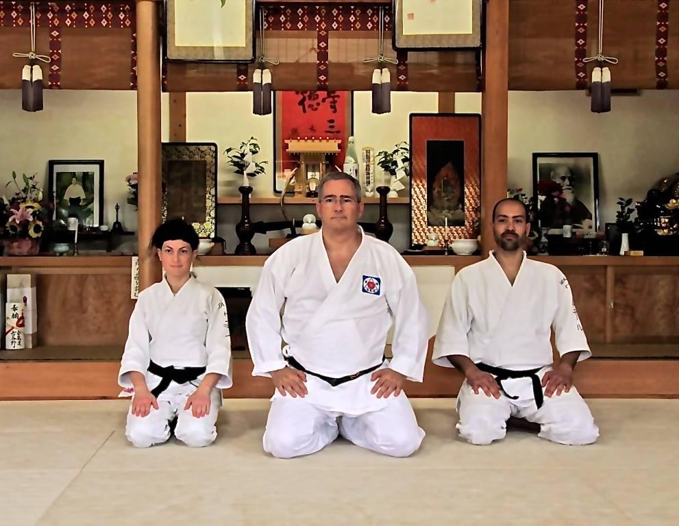 Sara Fargnoli e Walter Ippoliti con il Maestro Alessandro Tittarelli in Iwama